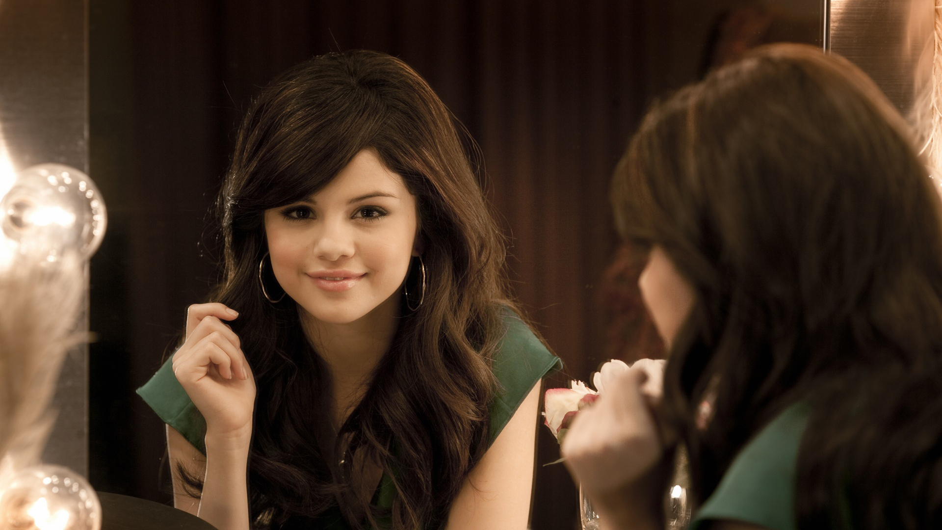 selena gomez hd wallpaper, images, photos | free 55 hd quality