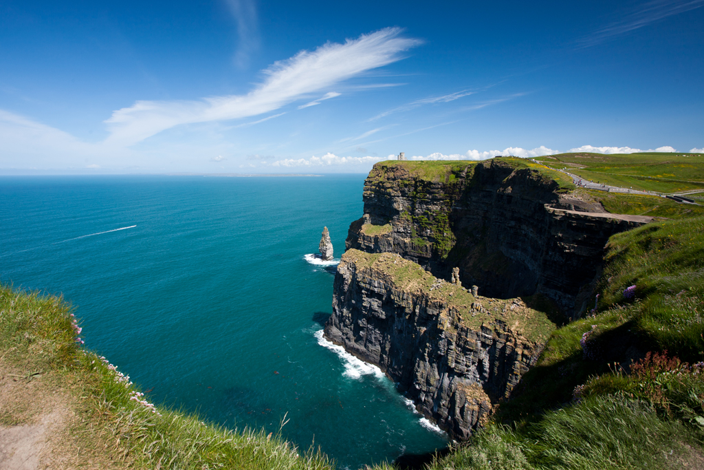Top 30 places to go in ireland with your loved one for Places to move to