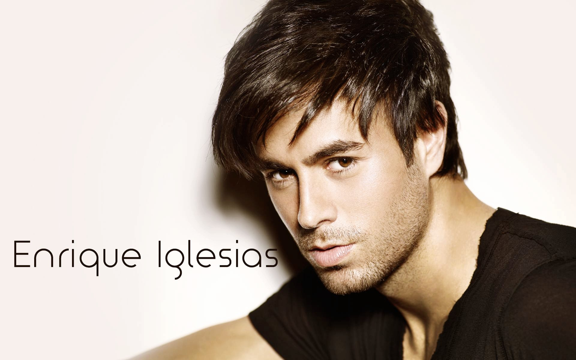 Enrique Iglesias Wallpapers | HD Wallpapers of debonair ...