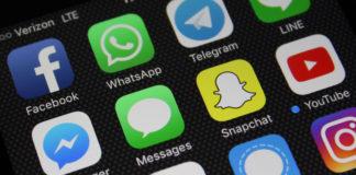 Top 10 popular apps used in smart phones
